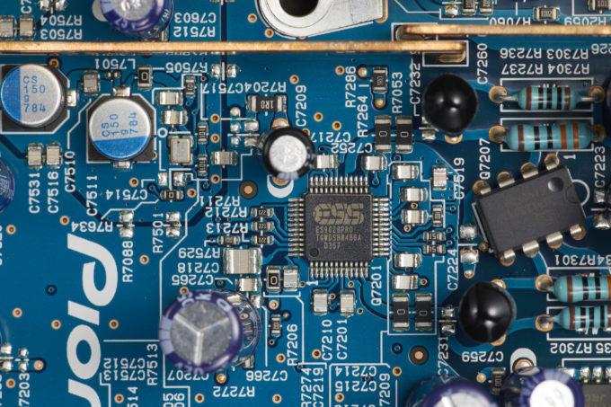 UDP-LX800_ESS_DAC
